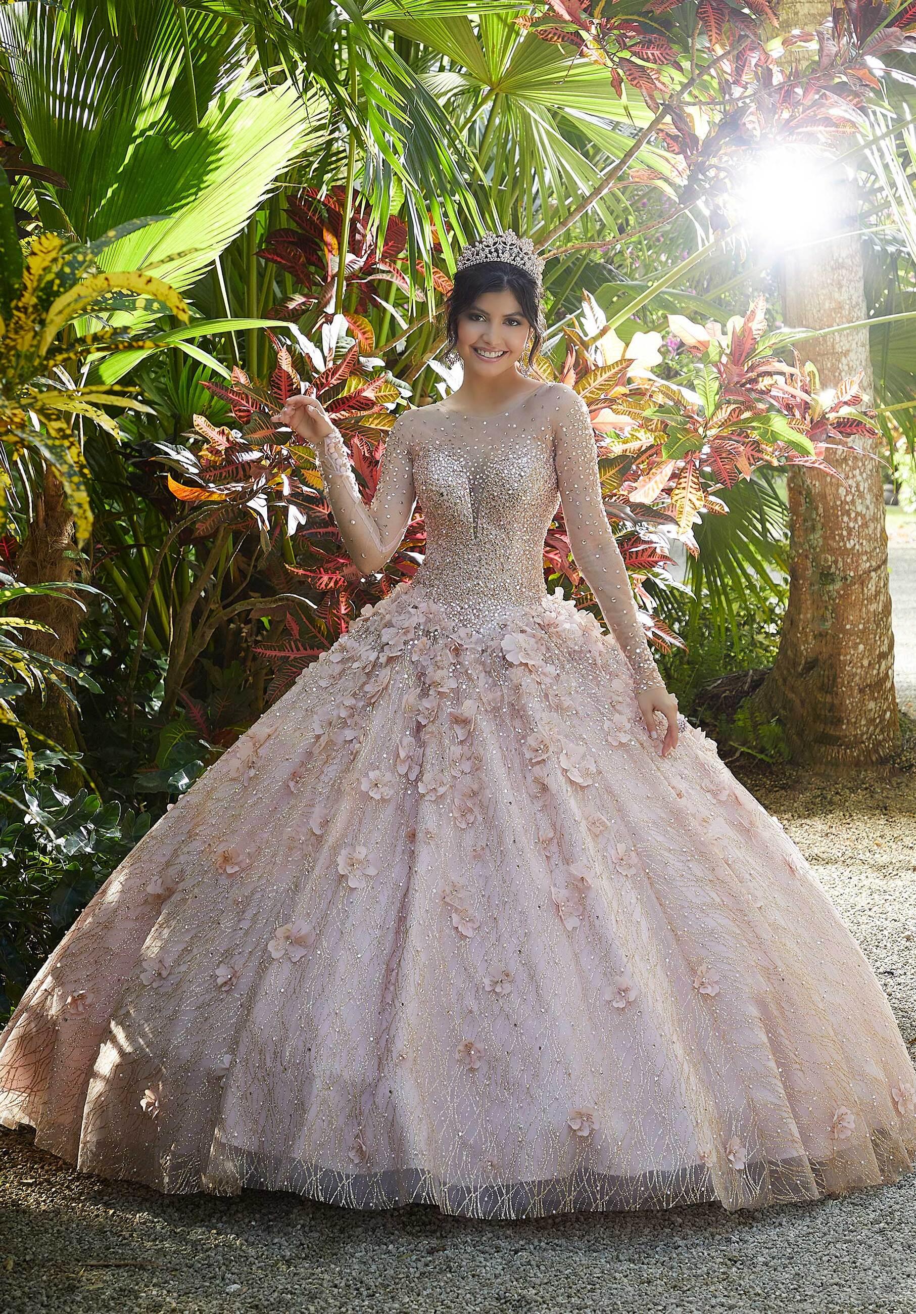 Mother of bride wearing a off shoulder Vizcaya dress